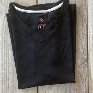 New Isaac Mizrahi Super soft black T-shirt